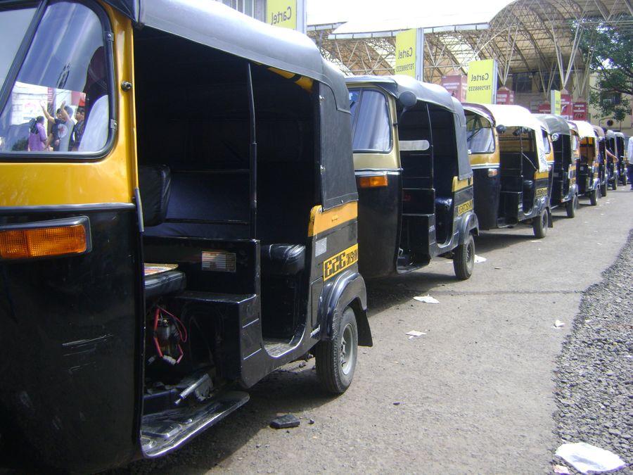 koyilandy-news-live-road-auto