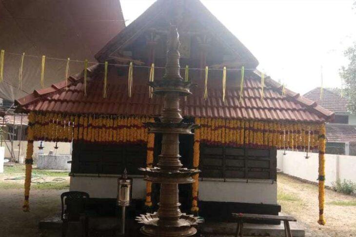 കൊരയങ്ങാട് തെരു മഹാ ഗണപതി – ഭഗവതി ക്ഷേത്രത്തിൽ ഗുരുതി ആഘോഷങ്ങൾ